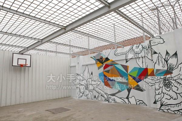 几何图形打造鸟类手绘墙壁画 墙体彩绘