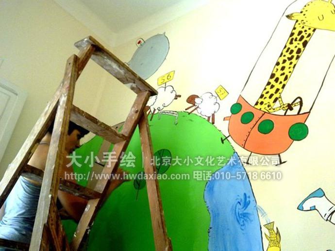 星球壁画,动物宇航员,长颈鹿,宇宙飞船,儿童房手绘墙,幼儿园彩绘,早教